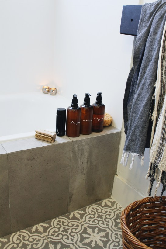 how-to-make-pretty-shampoo-bathroom-bottles-DIY-house-nerd-home