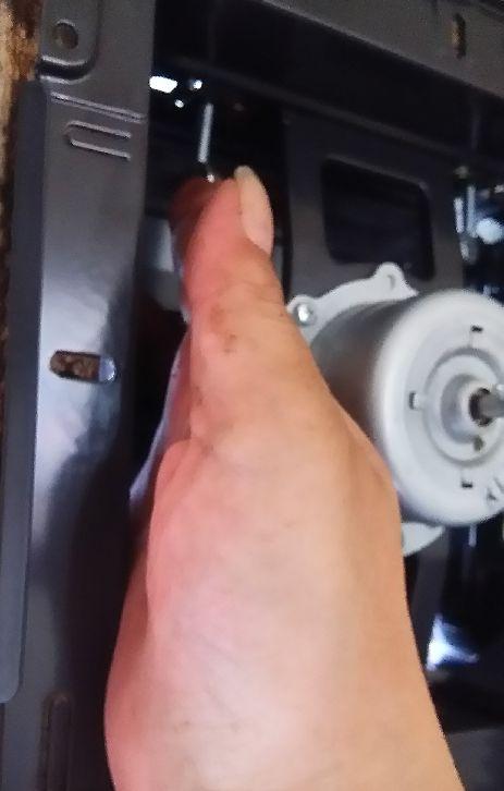 団地のプロペラ式換気扇は自分でカンタン交換!掃除法や汚れ防止カバーもご紹介