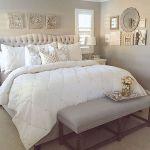 60 Beautiful Bedroom Decor and Design Ideas (42)