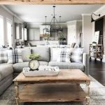 40+ Awesome Farmhouse Design Ideas For Living Room (38)