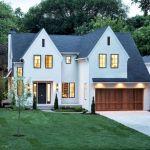 46 Awesome Farmhouse Home Exterior Design Ideas (18)