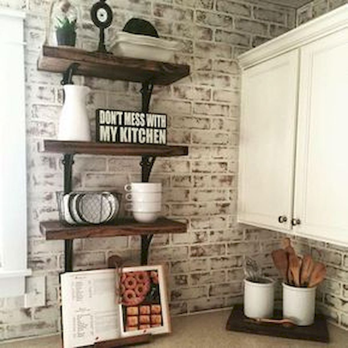 30 Awesome Wall Decoration Ideas For Kitchen (1)