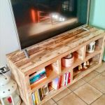 50 Awesome Pallet Furniture TV Stand Ideas for Your Room Home (48)