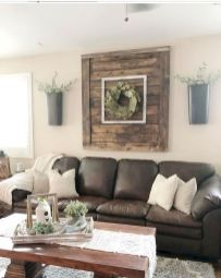 70 Awesome Wall Decoration Ideas for Living Room (35)