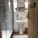 50 Cozy Bathroom Design Ideas for Small Space in Your Home (7)