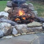 55 Awesome Backyard Fire Pit Ideas For Comfortable Relax (31)