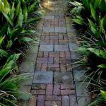 55 Fantastic Garden Path and Walkway Design Ideas (22)