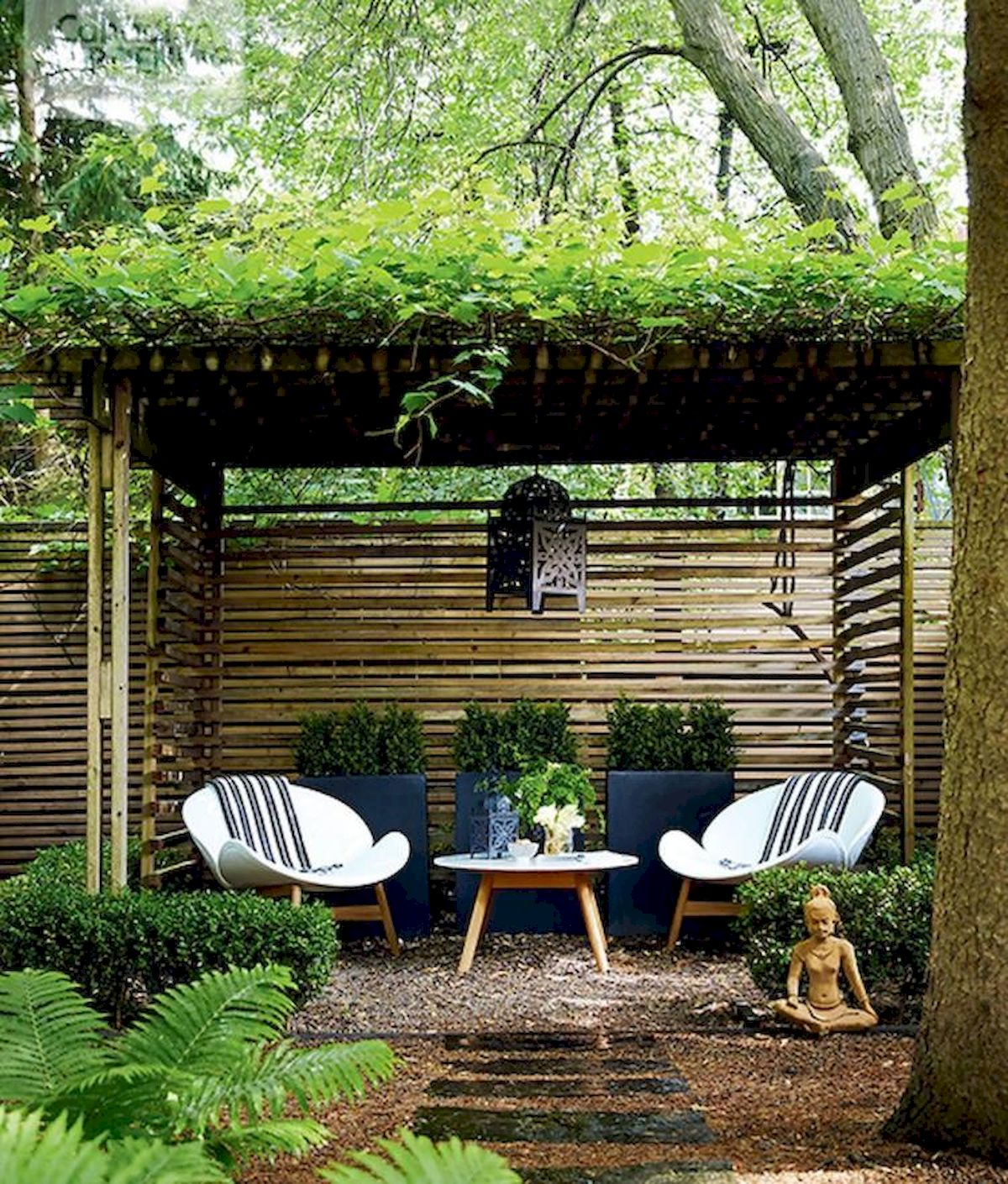 60 Awesome Backyard Privacy Design And Decor Ideas (10)