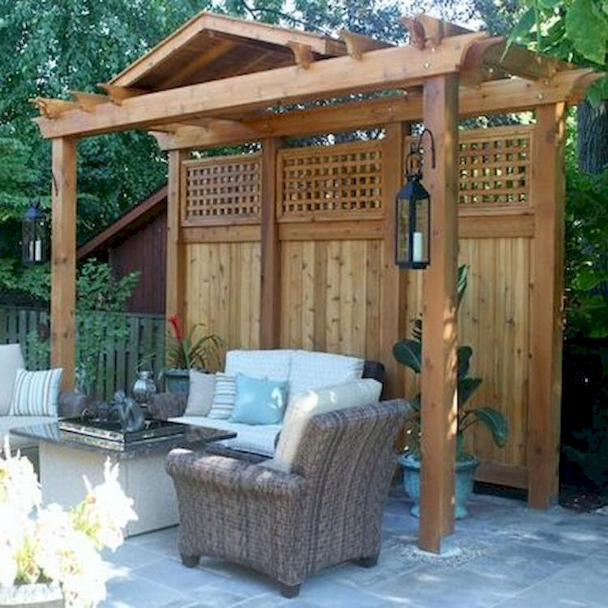 60 Awesome Backyard Privacy Design and Decor Ideas (19)