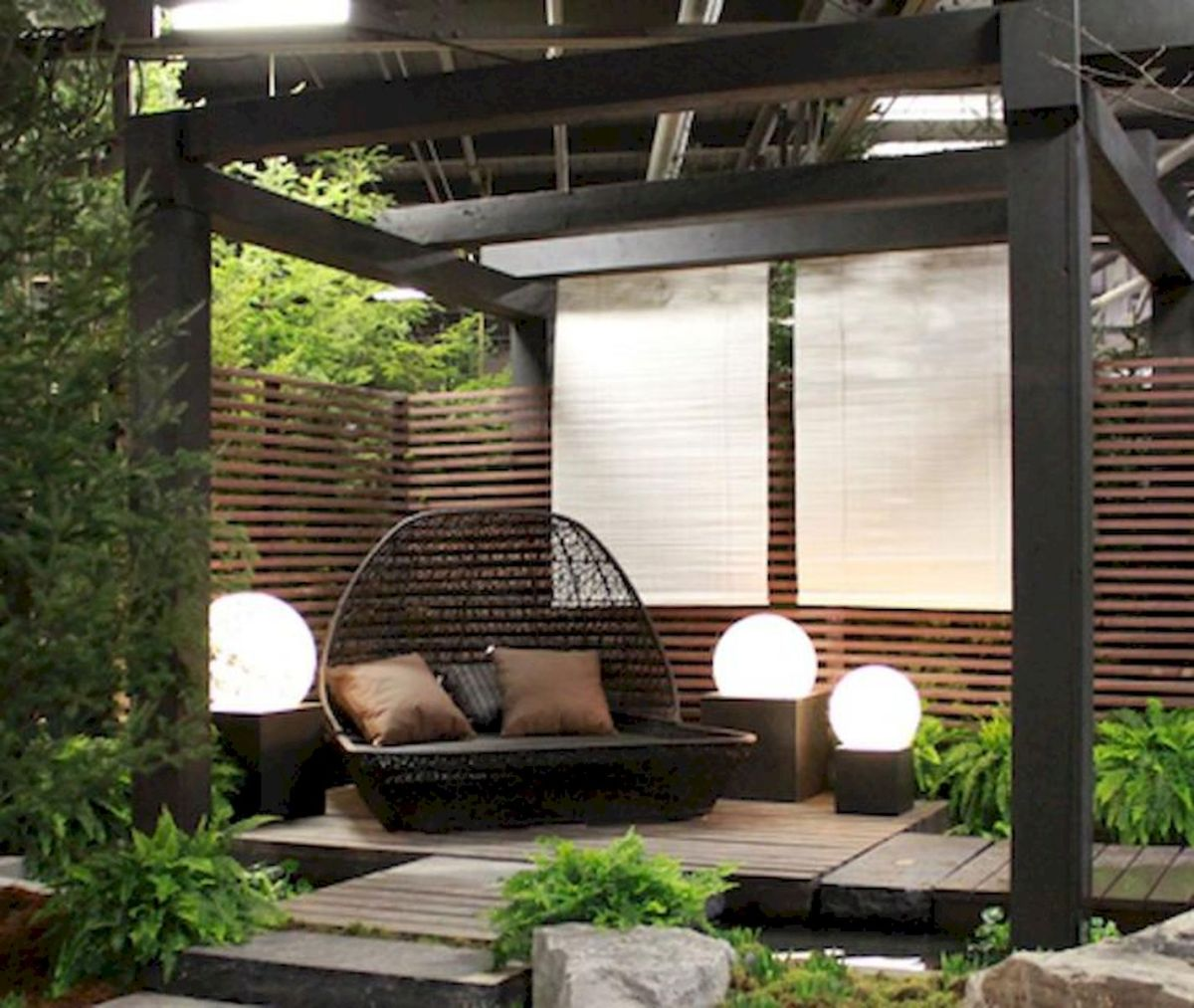 60 Awesome Backyard Privacy Design and Decor Ideas (29)