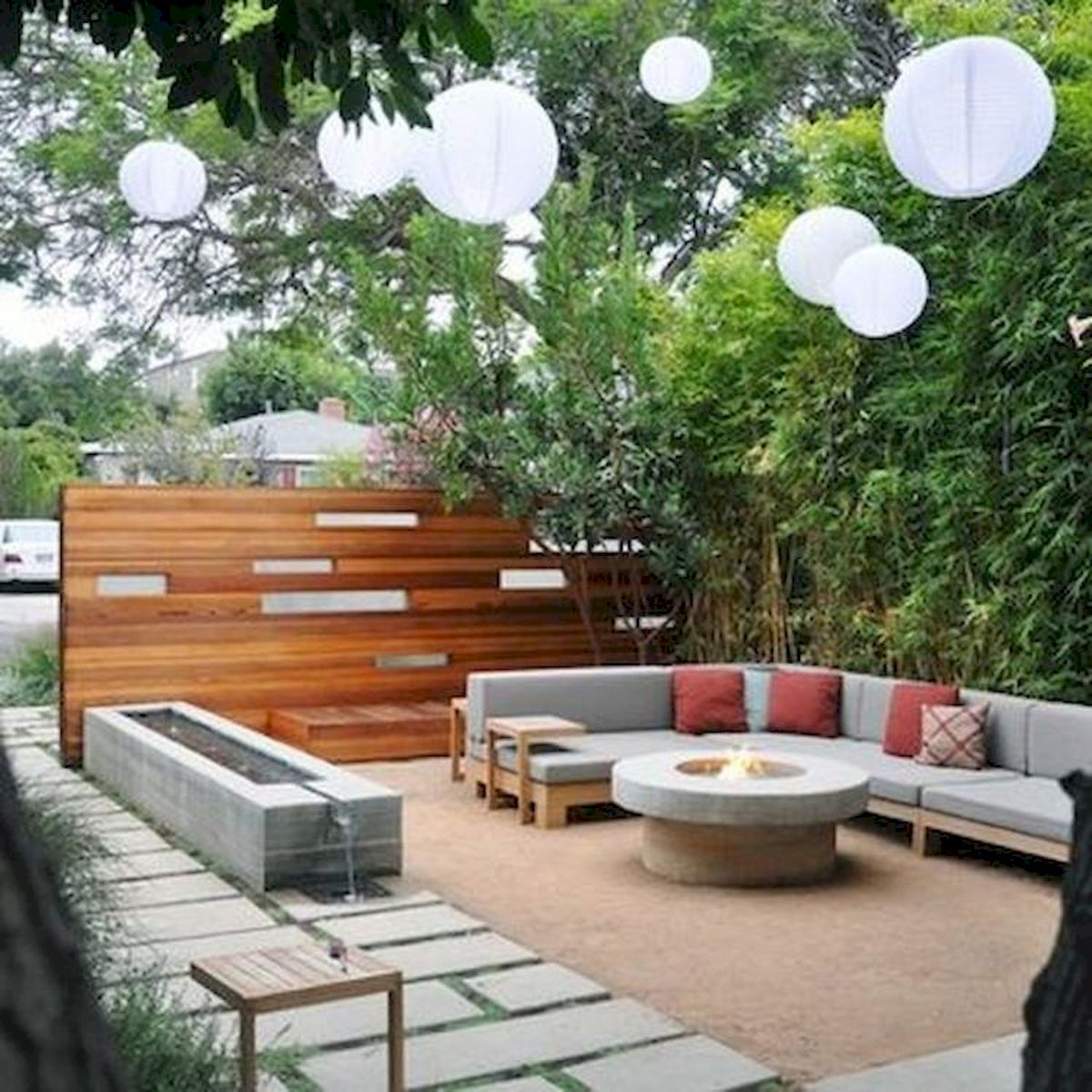 60 Awesome Backyard Privacy Design and Decor Ideas (51)
