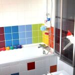 65 Gorgeous Colorful Bathroom Design and Remodel Ideas (24)
