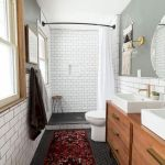 66 Cool Modern Farmhouse Bathroom Tile Ideas (4)