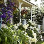 50 Awesome Modern Backyard Garden Design Ideas With Hanging Plants (50)