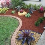 48 Stunning Front Yard Landscaping Ideas That Make Beautiful Garden (10)
