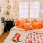 30 Cozy Fall Decoration Ideas For Your Bedroom (8)