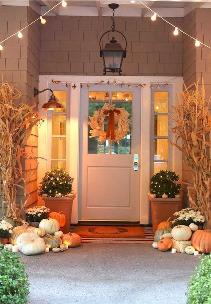 35 Cool Fall Outdoor Decor Ideas You Will Like (18)