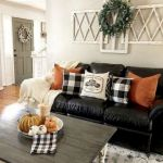 40 Awesome Fall Decoration Ideas For Living Room (29)