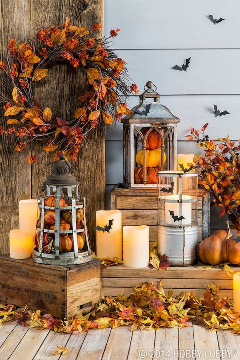 40 Beautiful Fall Front Porch Decorating Ideas That Will Make Your Home Look Amazing (20)