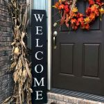 40 Beautiful Fall Front Porch Decorating Ideas That Will Make Your Home Look Amazing (32)