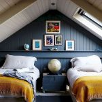 40 Awesome Attic Bedroom Design and Decorating Ideas (39)