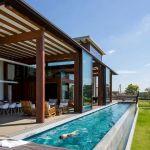 30 Awesome Backyard Swimming Pools Design Ideas (26)