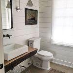 20 Best Small Farmhouse Bathroom Decor Ideas (16)
