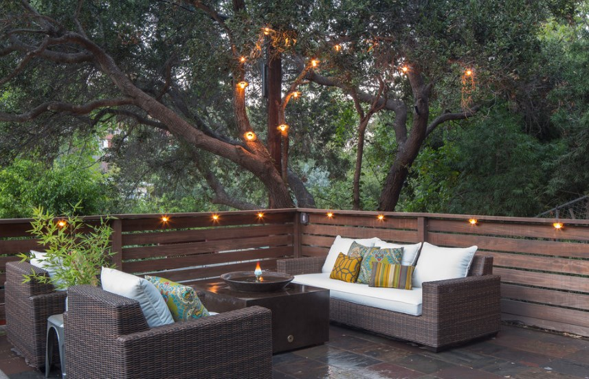 string deck lighting ideas