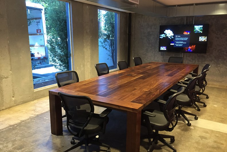 press conference room design