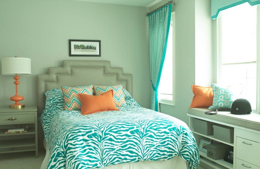 red and turquoise baby room