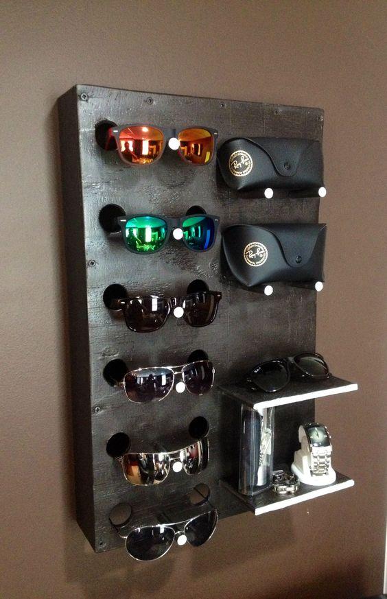 DIYSunglass Display Case