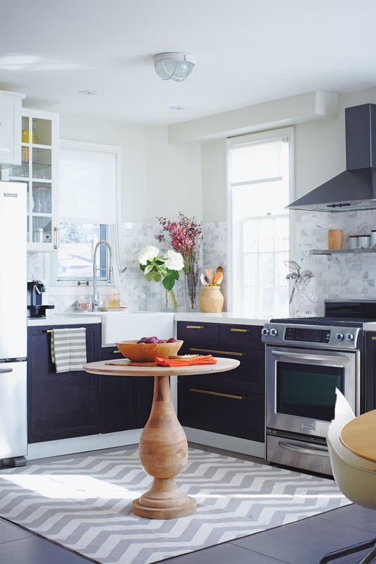 20 Small Kitchens That Prove Size Doesn T Matter House Home