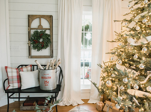 living room tree how to interior design holiday magnolia house bench