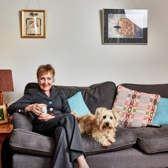 Can Dog Fleas Live In Sofas Home Furniture How Clean Is Your House Star Aggie Mackenzie Tackles Flea
