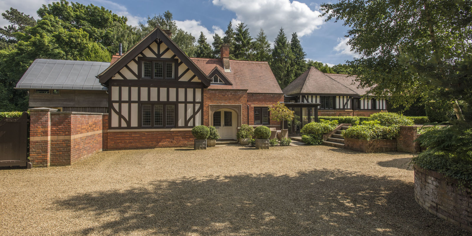 cost to renovate a kitchen knives norfolk home near queen elizabeth's sandringham estate was ...