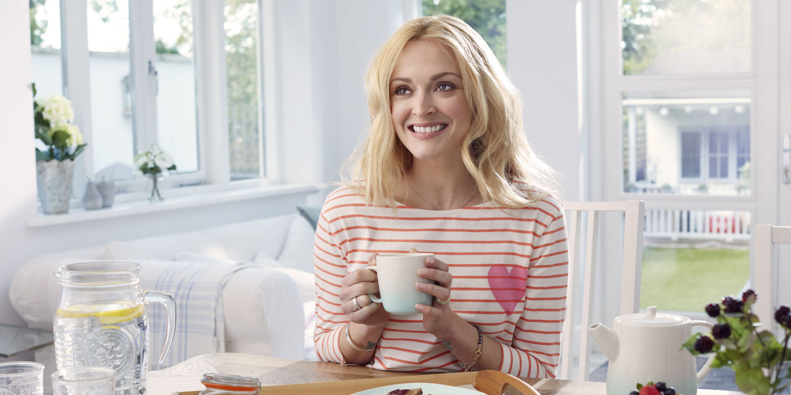 fearne cotton sofa alexis modern sleeper san francisco has teamed up with british brand swan for