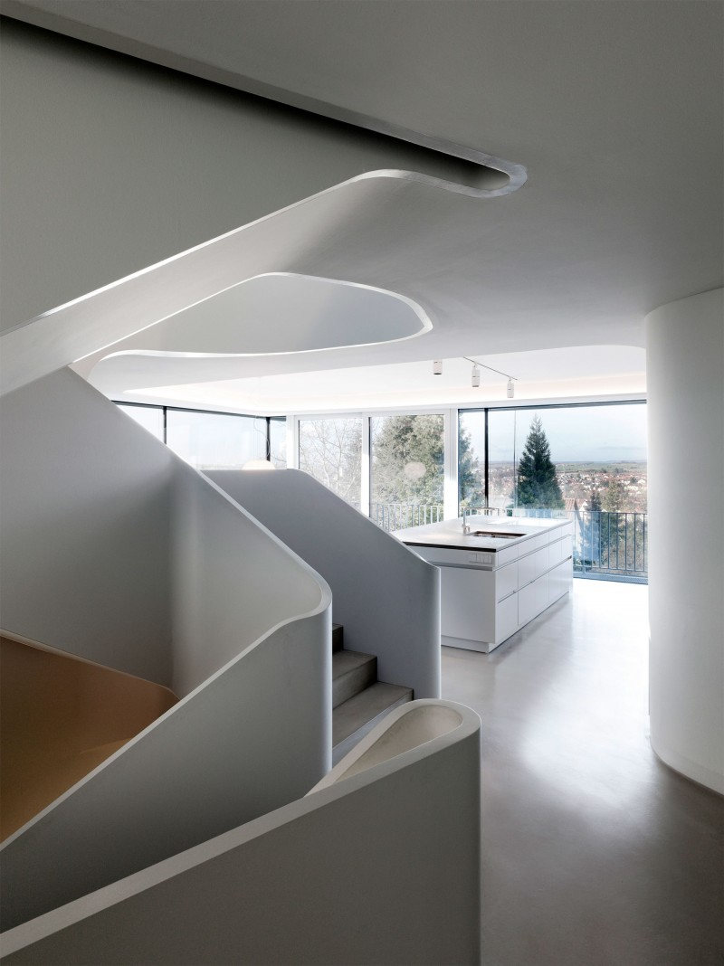 Stunning Modern House With Curved Wall Housebeauty