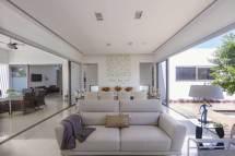 Contemporary House Design; Casa Kopche In