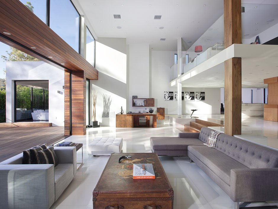 Flawless Contemporary House With Luxurious Design