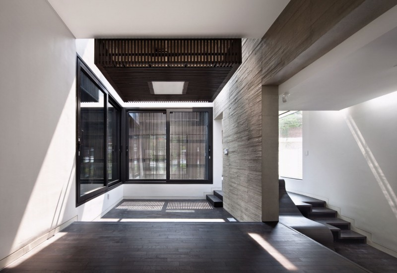 Amazing Modern Residence with a Commercial Compartment