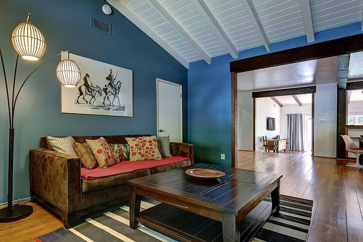 Stylish Modern Ranch Home Interior In Bright Color Decoration HouseBeauty