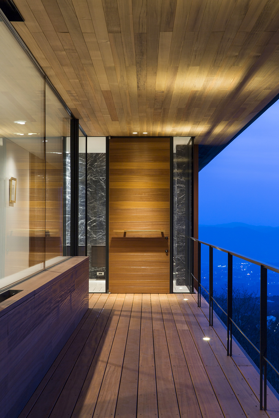 Wondrous Modern Architecture Serves Panoramic Landscape Around  HouseBeauty