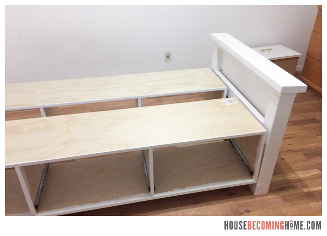 Awe Inspiring Diy Twin Bed With Storage Drawers House Becoming Home Evergreenethics Interior Chair Design Evergreenethicsorg