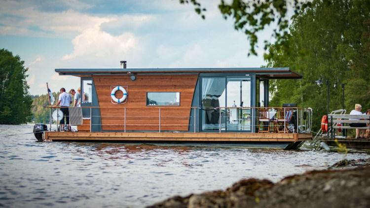 Houseboat_sivusta