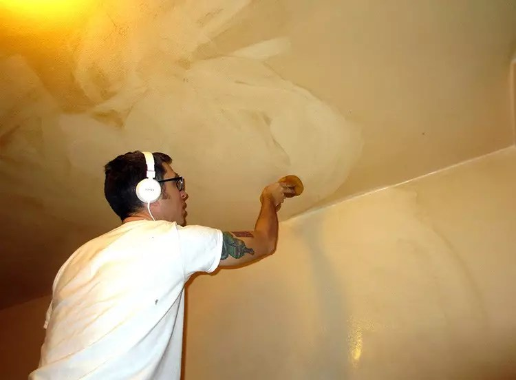 дизайн потолка губкой фото канарские
