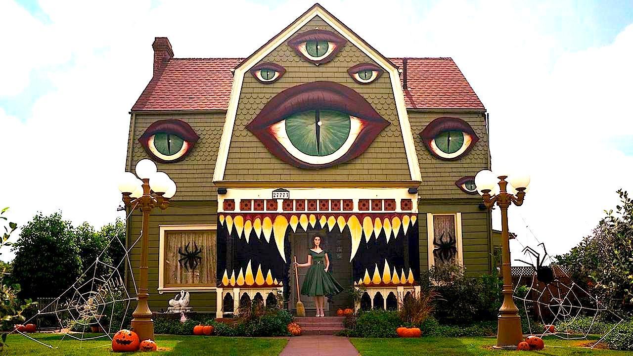 weird house