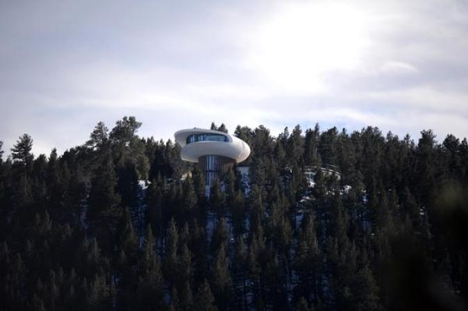 Colorado spaceship house1