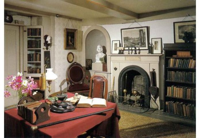 Louisa May Alcott House Orchard House study