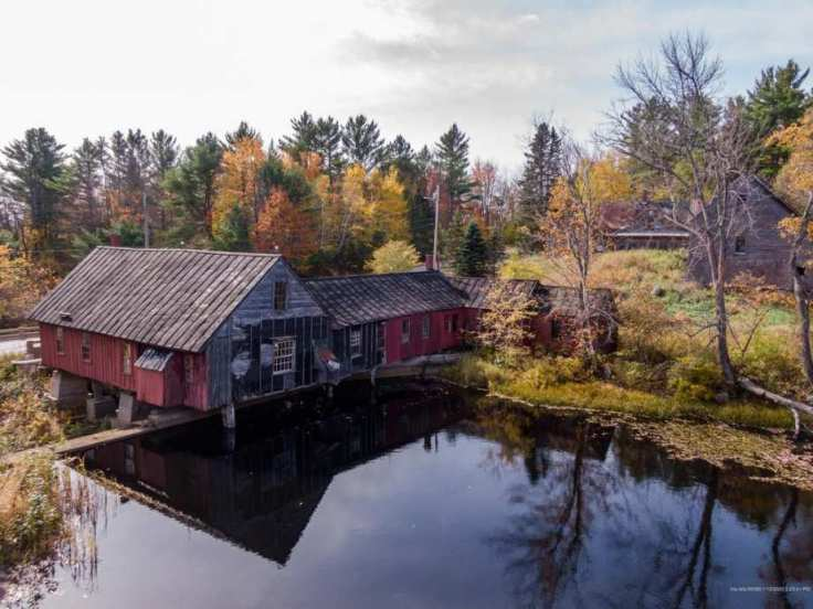 Old Maine mill converted to a rustic home