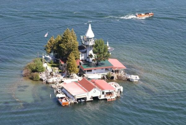 Michigan Island for sale with house
